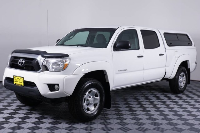 Pre-Owned 2015 Toyota Tacoma PreRunner Rear Wheel Drive Pickup Truck