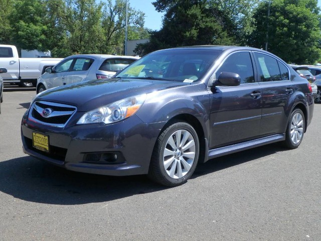 Pre-Owned 2012 Subaru Legacy 2.5i Limited