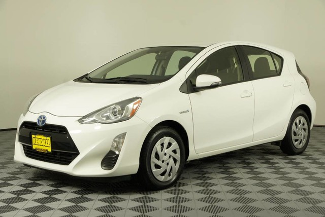 Pre-Owned 2016 Toyota Prius c Two